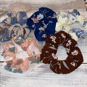 Set of 5 floral Scrunchies